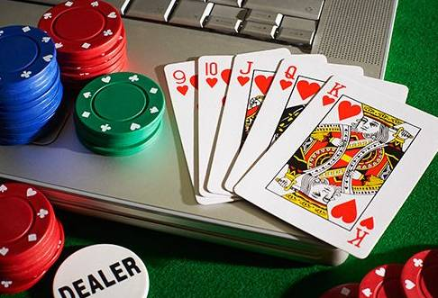Play Puzzles And These Games To Play Poker Better