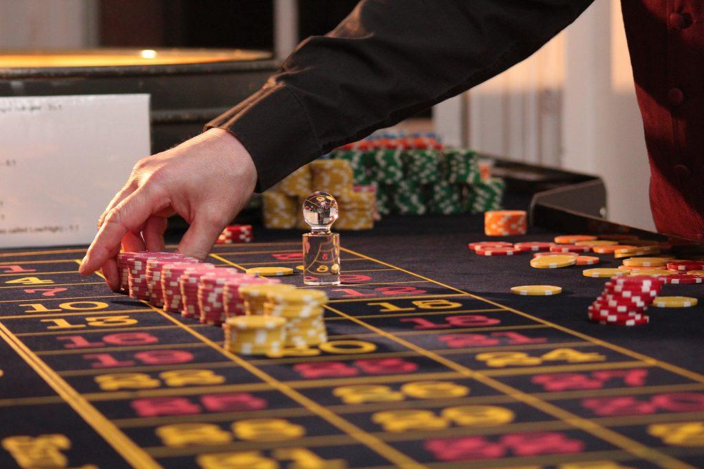 The Simple Secret Online Poker